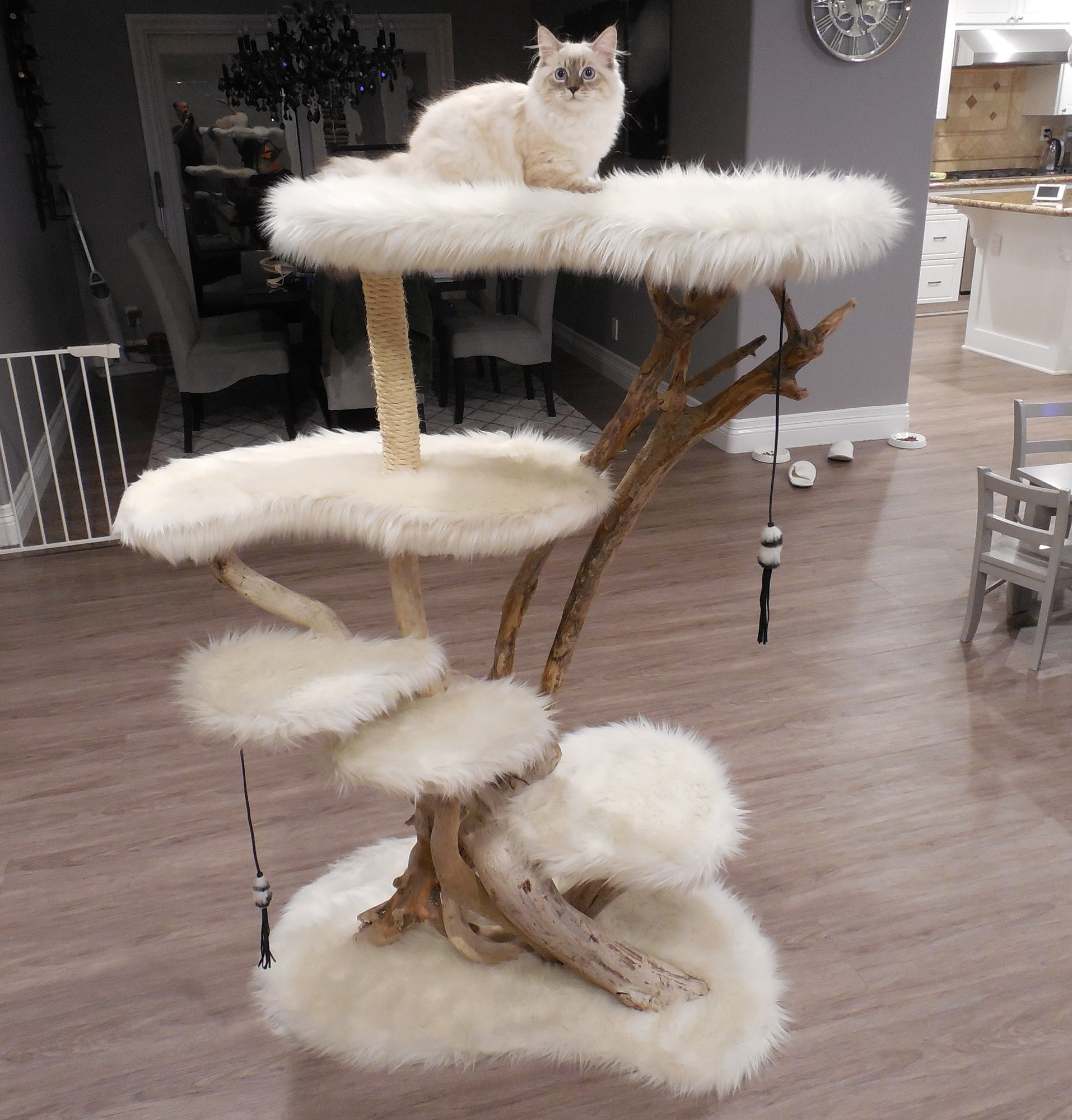"53"" driftwood tree with white faux fur"